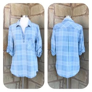 Stitch Fix Skies are Blue Alisson Chambray Top M